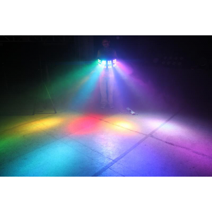 Location Projecteur LED BLINDER 96W FullColor 15° Automatique / DMX